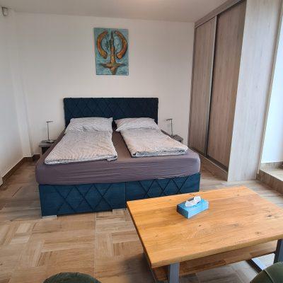 1. NP - dva pokoje