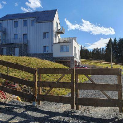Apartmány Stráň - Ubytování v Krušných horách, v samostatných apartmánech, na samotě u lesa